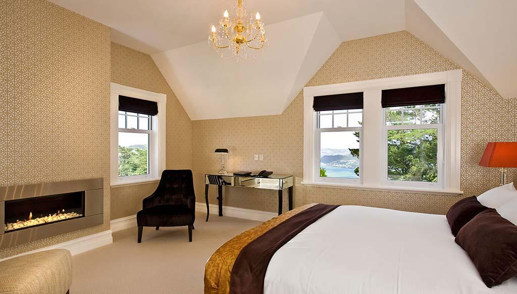 Larnach room