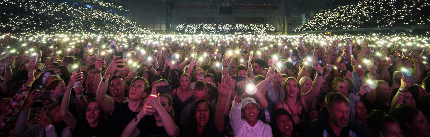Ed Sheeran crowd