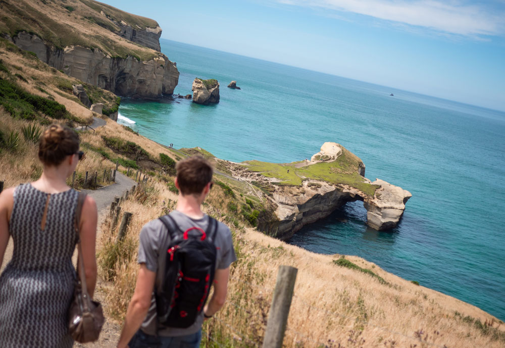 Tunnel Beach walking track